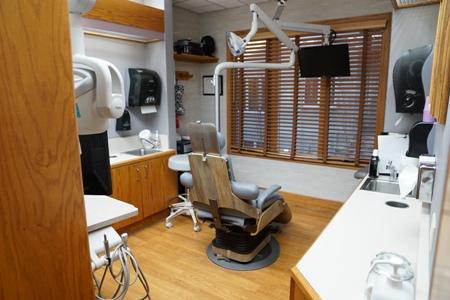 exam room at Aspenwood Dental Associates and Colorado Dental Implant Center