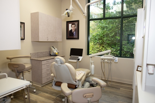 exam room at Contemporary Dental Health