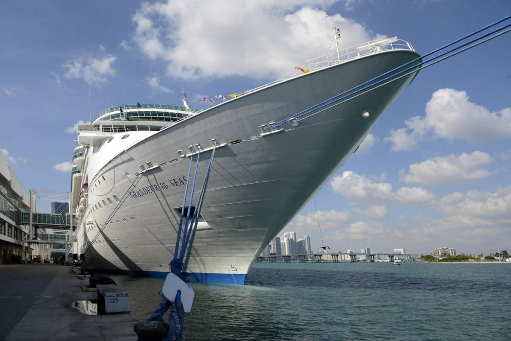 Cancelled Royal Caribbean Cruise Leaves Passengers Stranded in Baltimore |  Miami, FL
