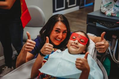 A Young Patinet Receiving Pediatric Dentistry Services at Highpoint Dental in Aurora Colorado