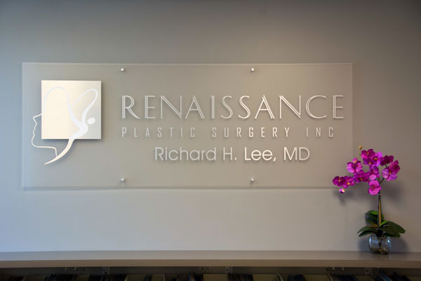Signage - Richard H. Lee. MD - Renaissance Plastic Surgery - Newport Beach, CA