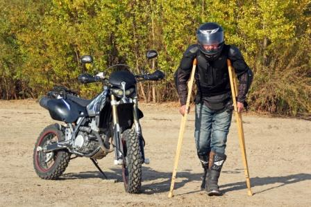injured motorcycle rider on crutches