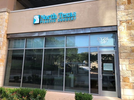 outside the Dallas office of North Texas Plastic Surgery