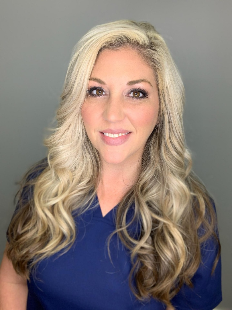 Erin Holmes, Office Manager