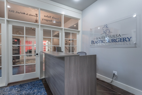 front desk and lobby of South Tulsa Plastic Surgery