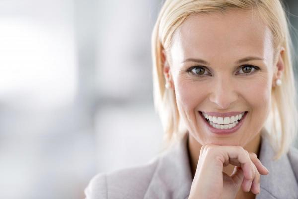 Teeth whitening helped this West Jordan woman's bright smile