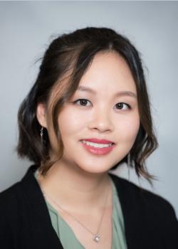 Lucy Huang headshot